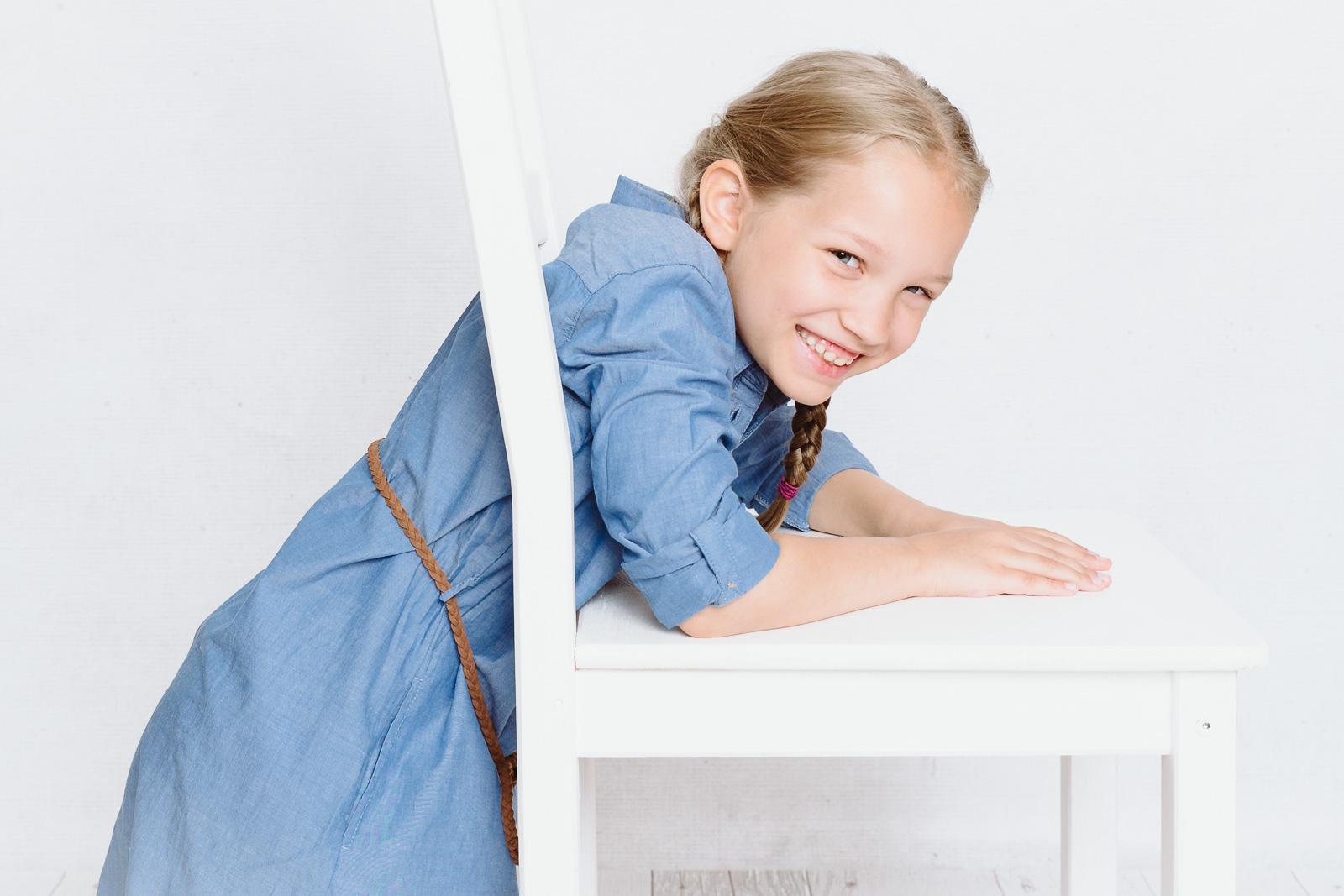 Kind lacht-Kindergartenfotografin aus Bonn